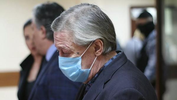 Против трех свидетелей поделу Ефремова возбудили дела озаведомо ложных показаниях