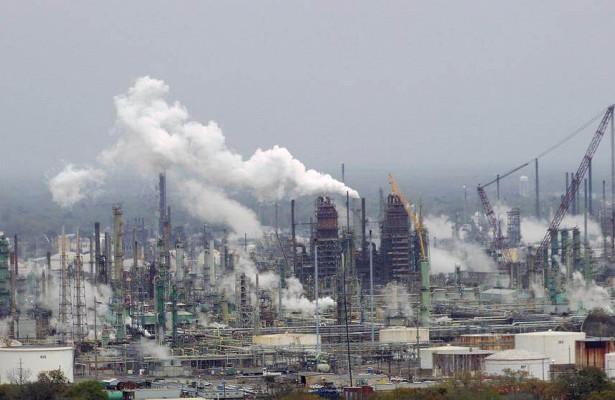 Антитренд: Exxon планирует увеличить выбросы CO2на17% к2025 году