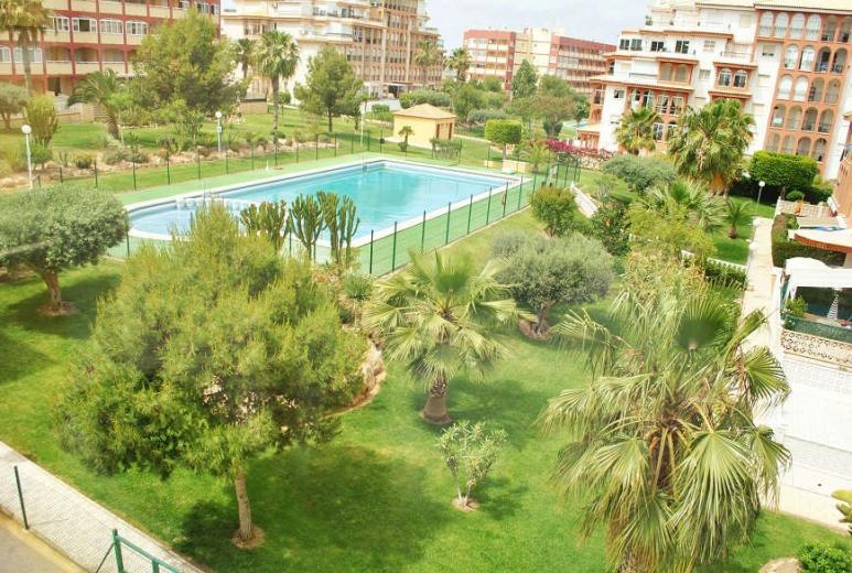 Недвижимость в испании рядом с морем