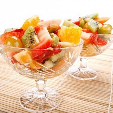 Рецепт Ананасы сшампанским исмесью свежих фруктов