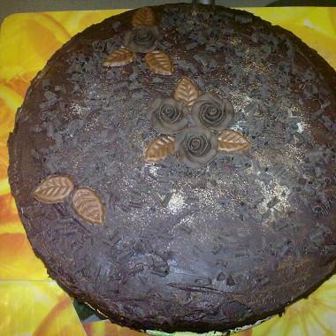 Рецепт Шоколадный торт свишней иконьяком