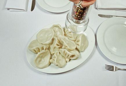 Фото приготовления рецепта: Хинкали - шаг 7