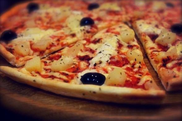 рецепт пиццы с куницей и ананасом
