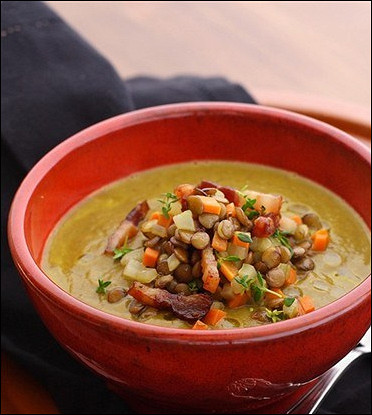Суп с чечевицей и беконом