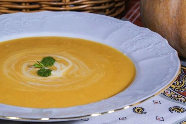 Тыквенно-чесночный крем-суп с молоком