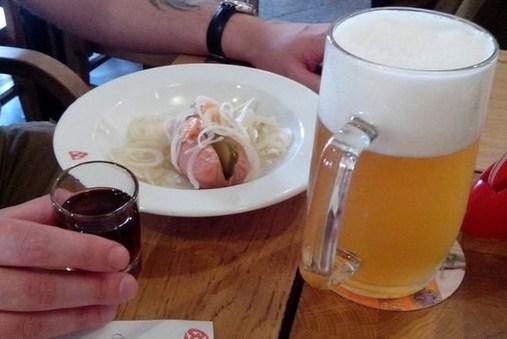 Маринованные и фаршированные шпикачки к пиву