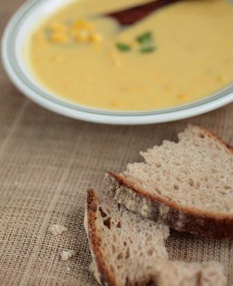 Тыквенный суп с поджаренной сладкой кукурузой