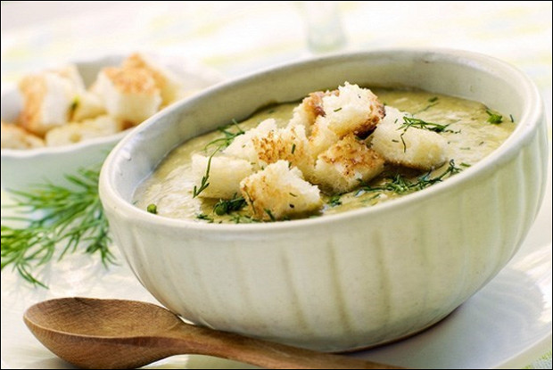 Крем-суп с плавленым сыром и картофелем