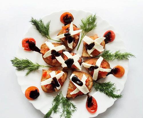 Брускетты из моцареллы Unagrande и помидоров
