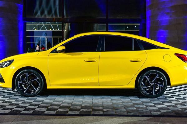 MG показал новый седан MG 5 с дизайном Hyundai