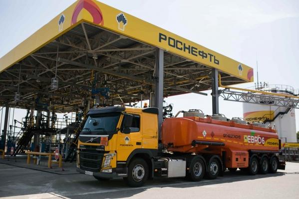 Россия обгоняет Европу покачеству бензина
