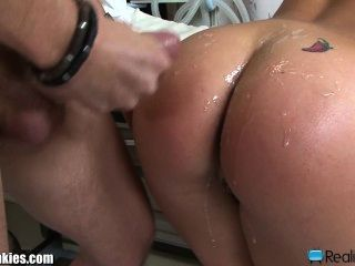 Lesbian latina fuck each other