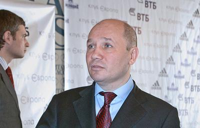 Федерация бокса обратилась вГенпрокуратуру поповоду законности избрания Хусаинова