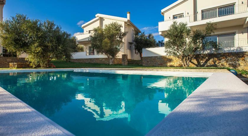 Сколько стоит жилье в Пелопоннес
