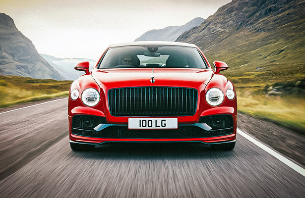 Представлен Bentley Flying Spur сдвигателем V8