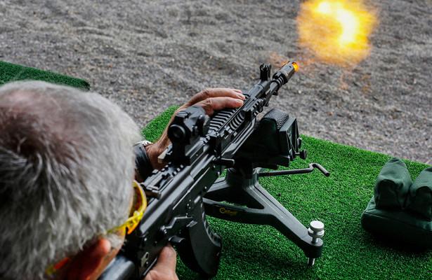 МВДиРосгвардия начали испытывать новый автомат АК-12