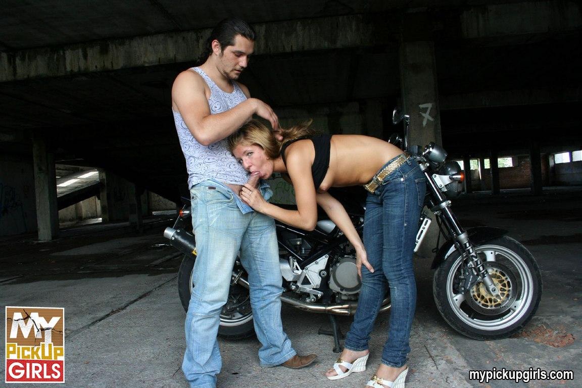Секс на мотциклах