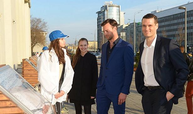 Актеры «Собибора» посетили выставку «Освобождение Европы»
