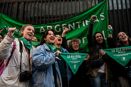 ВАргентине разрешили аборты