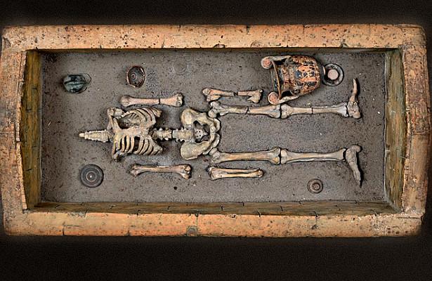 Загадочную цивилизацию этрусков показывают навыставке вНеаполе