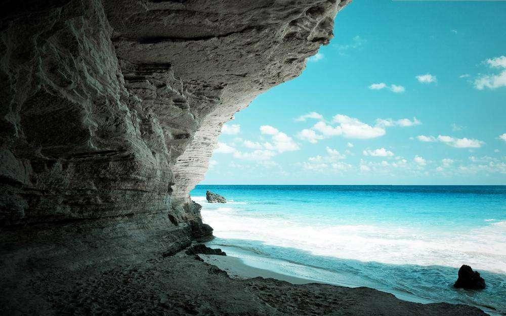 Участок в Иос на берегу моря