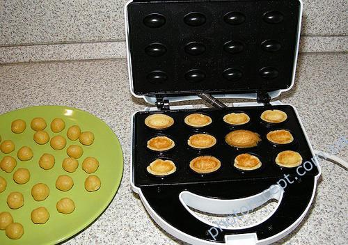 Рецепт орешков в орешнице на газу фото