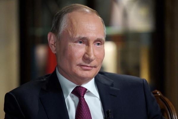 Путин: «Начинаем слезать снефтегазовой иглы»