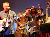 «Я буду петь тебе как Фрэнк»: Дмитрий Носков и «Круглый бенд»